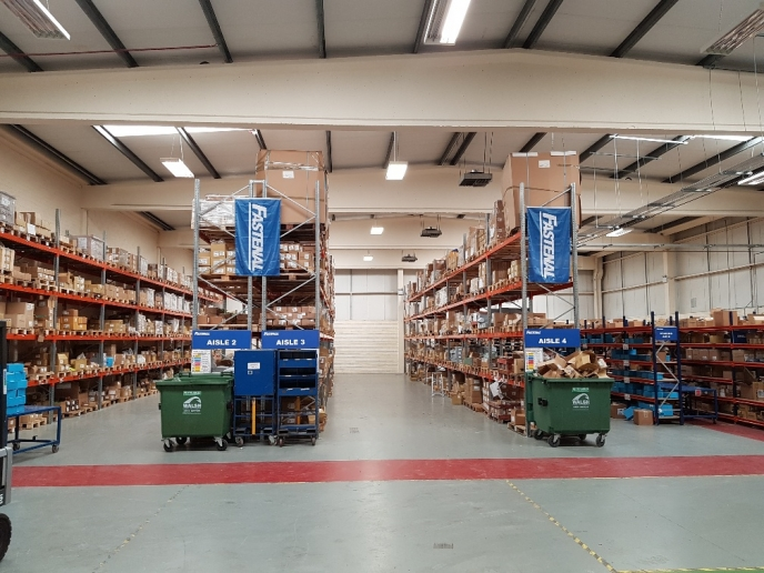 Longspan Shelving fitout for Fastenal Galway