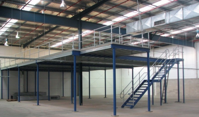 Structural industrial steel mezzanine floors storage systems for Steel mezzanine design